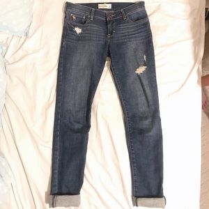 Classic distressed Abercrombie kids jeans!!